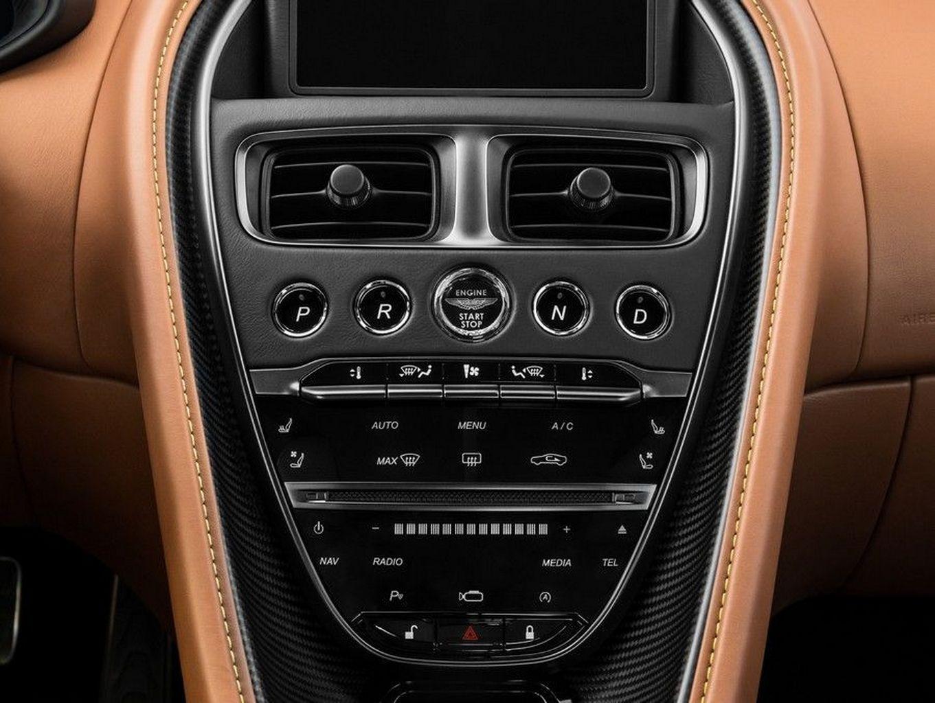 Aston Martin revela a versão mais nervosa do DB11, a AMR | KBB com br