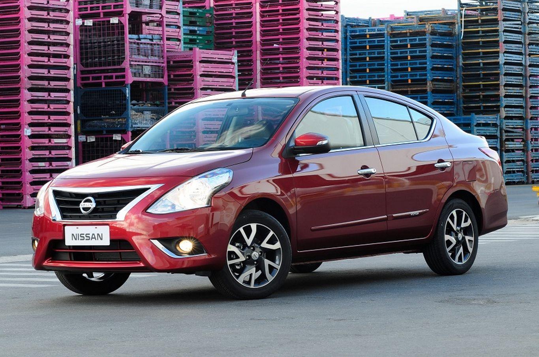 Nissan Versa fecha o top 10 dos menos depreciados