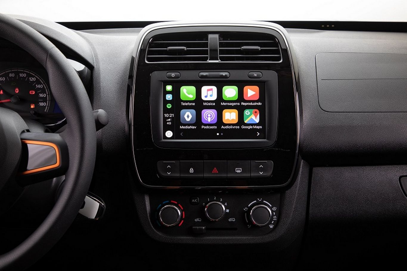 Central multimídia do Kwid Outsider tem Android Auto e CarPlay