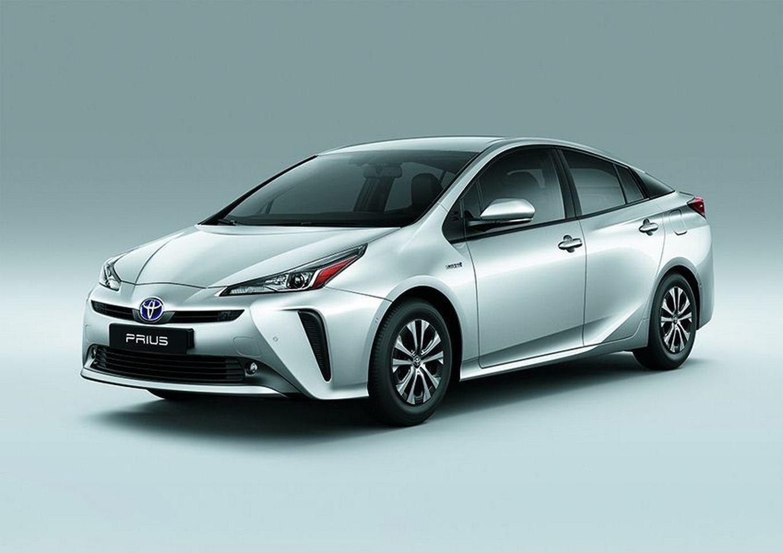 Toyota Prius recebeu facelift na linha 2020